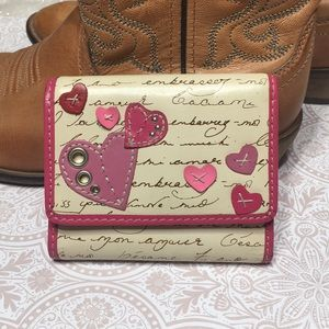 FOSSIL heart wallet trifold pink cream